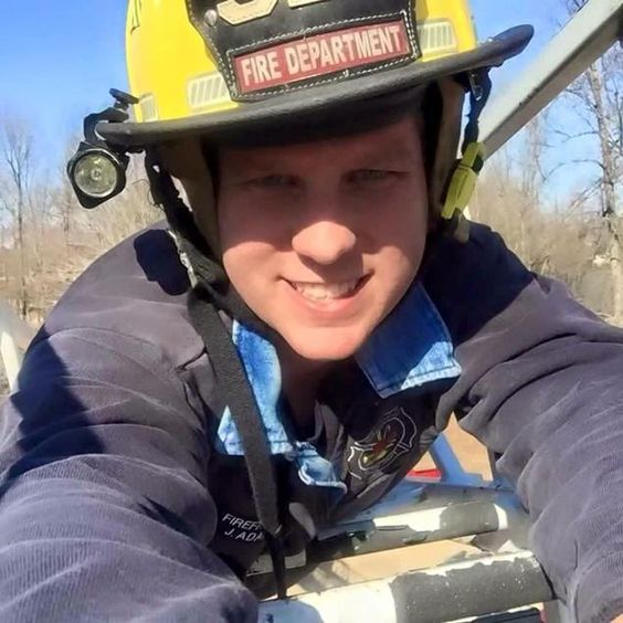 """Volunteer Firefighter Shot and Killed While Responding to 911 Call. Jason Adams died while responding to call that a man was having seizures.  Homeowner Mark Pruitt said """"Someone came in the house.""""  Yep, that's enough reason to shoot and kill someone in cold blood; your wife, who's standing right there, lets some one you don't know into the house.  Your first reaction, don't ask who the hell they are but simply grab a gun laying around and murder them.  `Murica."""