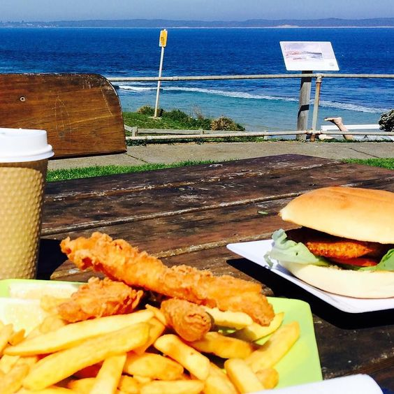 It's a perfect day for #fishandchips by the beach in #queenscliff  #big4beaconresort by big4beaconresort http://ift.tt/1JO3Y6G