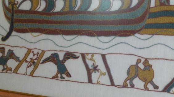 Détails sur les drakkars de la tapisserie de Bayeux. Broderies au point de Bayeux.. 1989