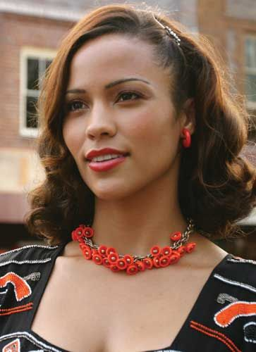 Paula Patton looking fabulous and feminine with a shoulder length curled bob.