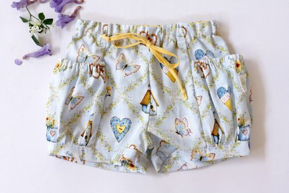 Bubble Pocket Shorts Holly Hobby Pale Blue Size 3-4 years Girls