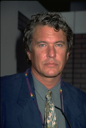 tom berenger.....yuummmmmyyyyyyyyyy!!!!!i I heard he has a house in long lake......ddeeeeeellliicciious,,,,