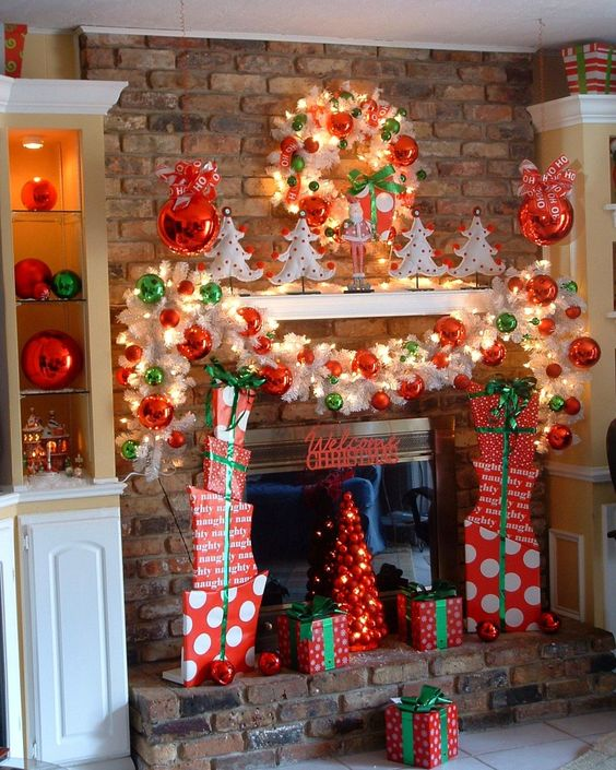 Ideas For Fireplace Christmas Decorations: DES GRINCH HOLIDAY LUNCH