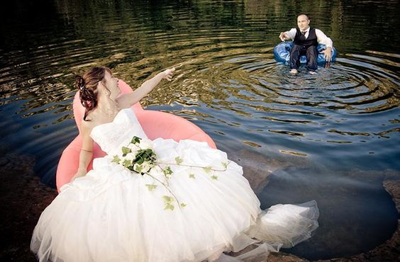 Sind Sie auf der Suche nach einem ganz besonderen Ort für Ihre Traumhochzeit? Dann haben Sie ihn gefunden im Schlosshotel Purschenstein im schönen Erzgebirge. http://www.heirateninsachsen.de/schlosshotel-purschenstein/ , Trauungen und Hochzeitsfeiern im Schloss, Hochzeitstauben Erzgebirge, Heiraten im Erzgebirge, Hochzeitsfotografen, Heiraten im Schloss! Wie wäre es, sich in einem Schloss, Park, oder gar ganz ritterlich in einer Burg das Ja-Wort zu geben? http://www.schloesserland-sachsen.de
