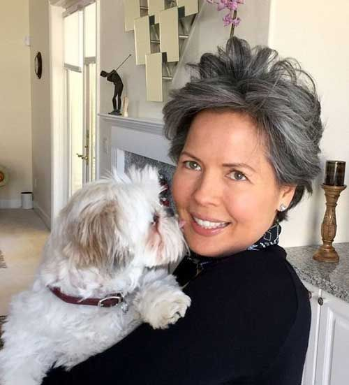 Very Short Haircuts For Older Women For New Look In 2020 Haircut For Older Women Very Short Haircuts Popular Short Haircuts