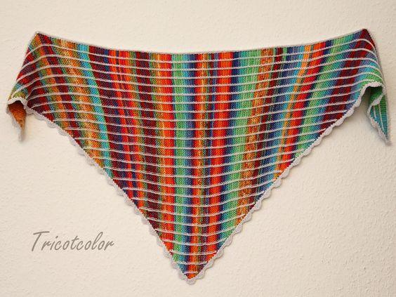 Tricotcolor: Ponchos y pequeños hombro, mira en el espejo ...