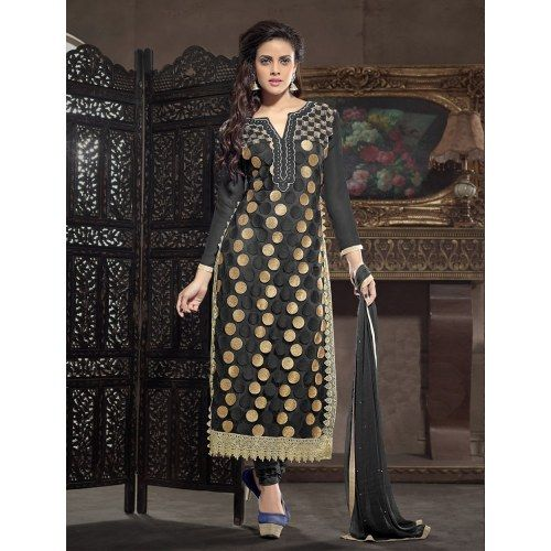 New Arrival Long Black Embroidered Straight Suit