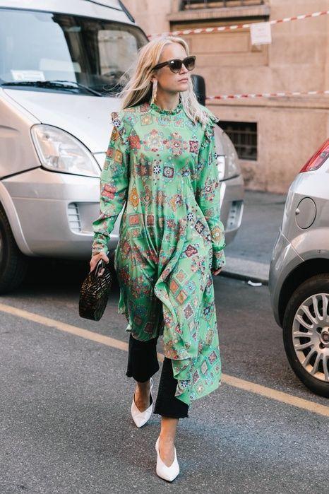 Street style Milan Fashion Week day 2 #thepinkpineappleblog #getthelook #todaysdetails #wearitloveit #shopthelook #lookoftheday #currentlywearing #ootd
