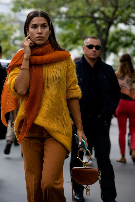 Stylish mustard yellow outfits | For more style inspiration visit 40plusstyle.com