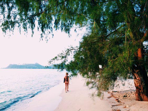 Girl on Klong Prao beach. Koh Chang. Thailand.