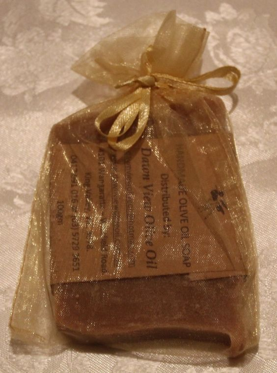 Vanilla scented Olive Oil soap in an organza bag.  Different coloured bags to choose from, cream, white, gold or red. $ 6.50 including postage in Australia. ONLINE SHOP NOW OPEN - dawnviewoliveoil.bigcartel.com - Payment options PayPal & Credit card. Email: dawnviewoliveoil@hotmail.com for any enquires.