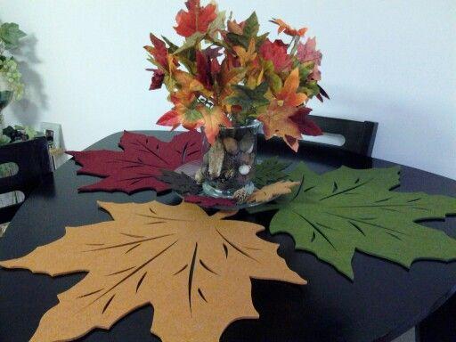 Decoracion waldorf for Decoracion de mesa para accion de gracias