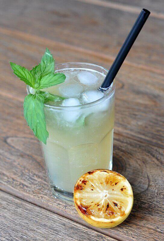 Grilled Lemonade / Limonade mit gegrillten Zitronen-grilled lemonade-GrilledLemonade07