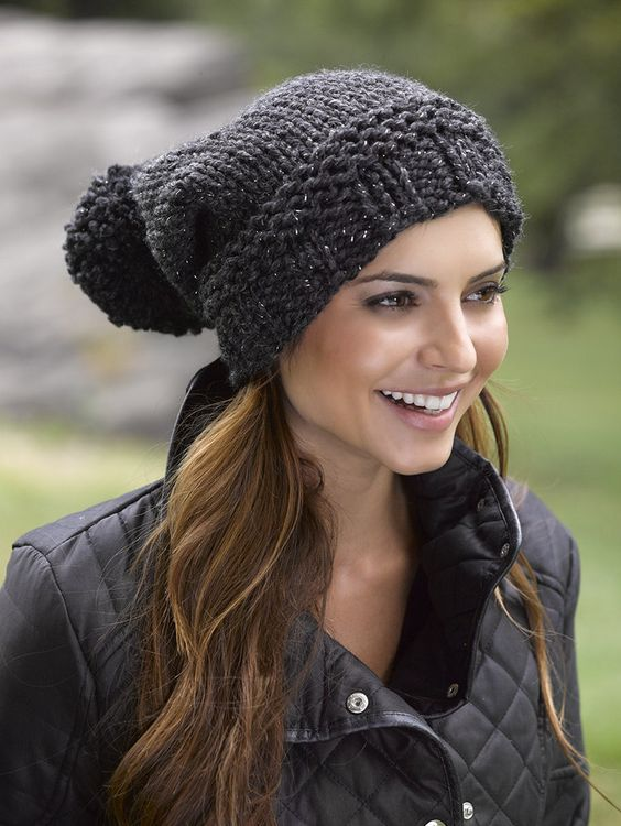 Pom pom black ladies winter hat
