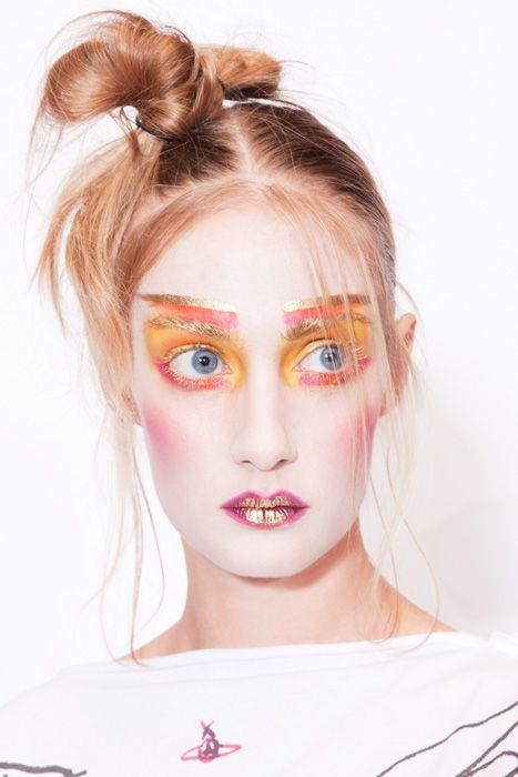 Vivienne-Westwood-spring-Summer-2012.jpg 467×700 píxeles