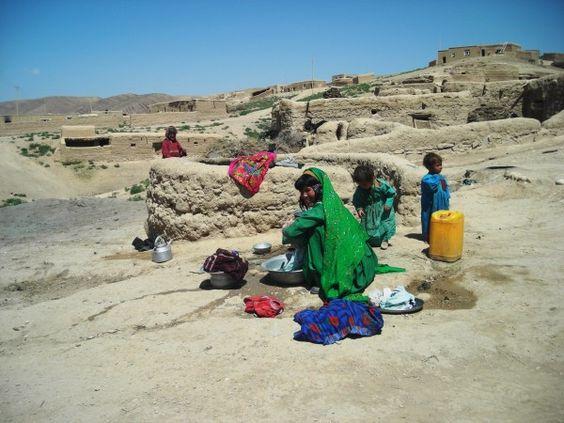 Descarado de 60 años se casa con niña de 6 en Afganistán