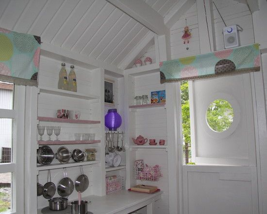 Inside playhouse kid playhouse and the o 39 jays on pinterest for Interior playhouse designs