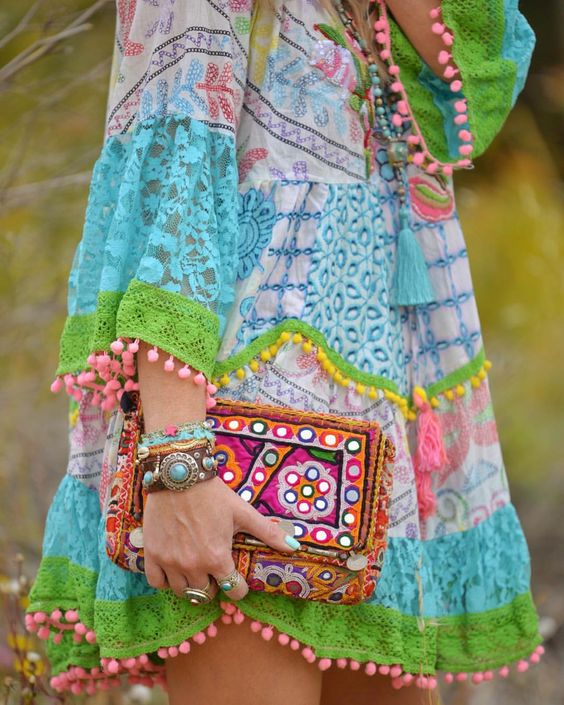 Hippie chic style ⨠What about the details on this dress? Just fab! Yay or Nay? â¤ï¸ #ibizastyle #bohochic #hippiespirits #ad #outdazl