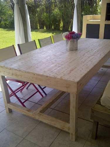 Mesa rustica de madera maciza eucalipto decapada 1 for Mesas de comedor rusticas