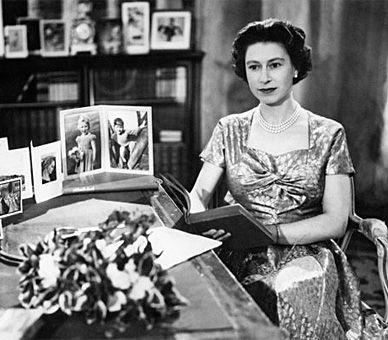 The Queen's Speech - Christmas Day, 1957. S)