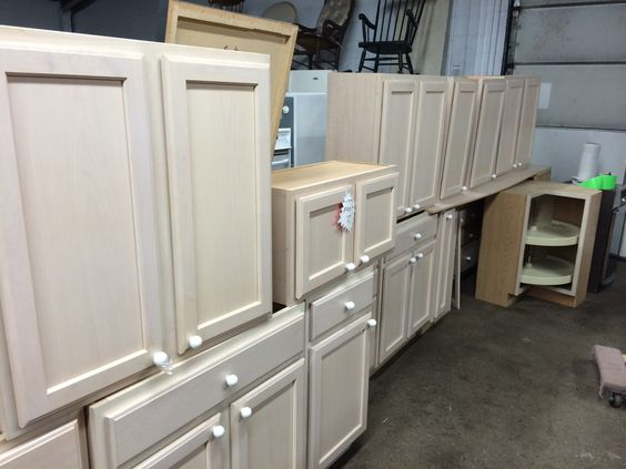 Cabinetry, countertops and furniture donation requirements (Habitat for Humanity, Lowell)
