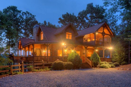 Cabin rental homes and mountain range on pinterest for Luxury pet friendly cabins in north georgia