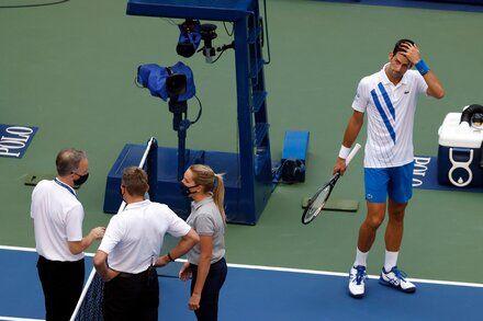 Why Was Novak Djokovic Disqualified From The U S Open In 2020 Novak Djokovic Sports Tim Henman