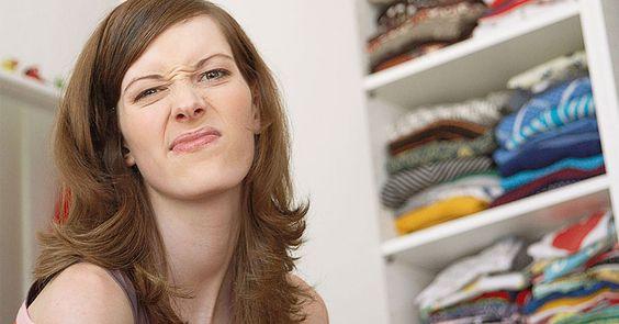 6 trucchi per avere un armadio ordinato e piegare i vestiti - Casa in ordine | Donna Moderna
