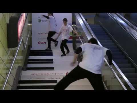 Piano Stairs meets Breakdance (part II) - YouTube