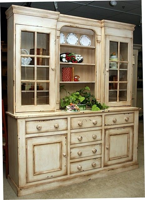 Country Style Hutches and Buffets   Pc Country Style ...