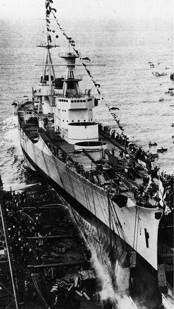 bmashina:    The launching of the heavy cruiser Pola,5 December 1931