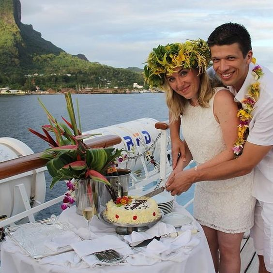 A big Thank you to Captain Andrew Walsh, and the crew of Wind Spirit for helping us celebrate our 20th wedding anniversary with a beautiful vow renewal ceremony in Bora Bora!