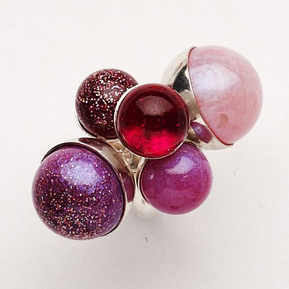 42 HATARA - Morven Downie, Pink Gumball, 2014, ring, silver, resin, glitter. Photo Morven Downie: