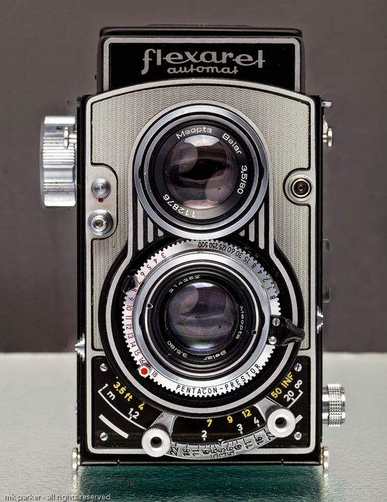 0195 retro vintage camcorder 8mm movie photo montage naked 3