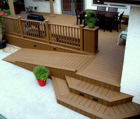 Beautiful Trex Accents Deck With Ramp.