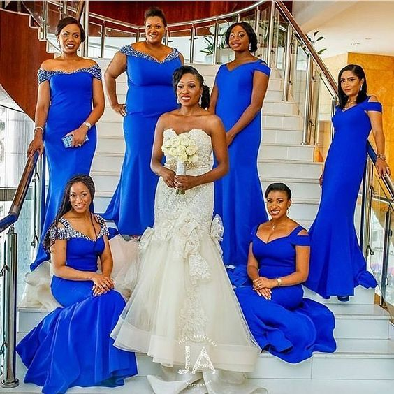Vibrant in blue just perfect !@jideakimyemiphotography #bride #bridesmaidsinblue #instapost #color #blueonfleek