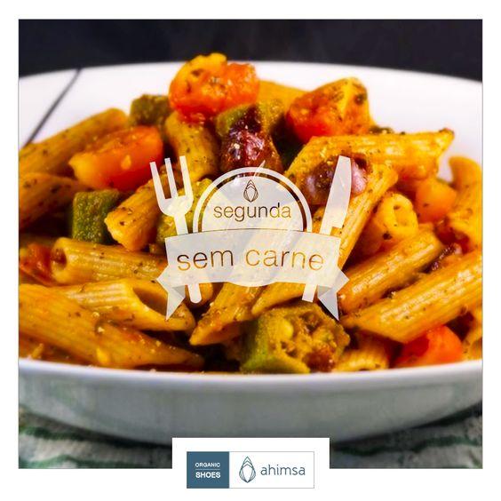 receita vegana | segunda sem carne: penne com quiabo, tomate-cereja e azeitona.  https://plus.google.com/108722168122402285977/posts/d3GxYPMqnau