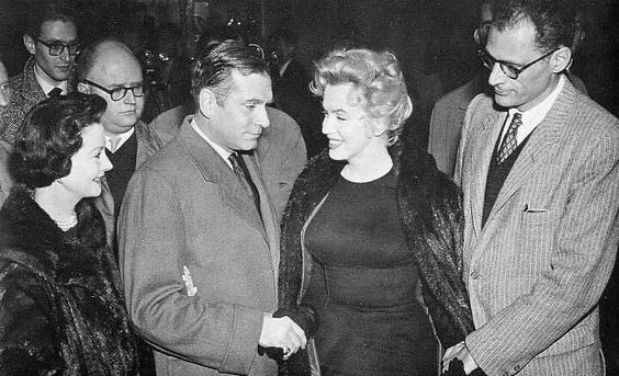 Marilyn, Arthur, Olivier, and Vivien Leigh, November 1956