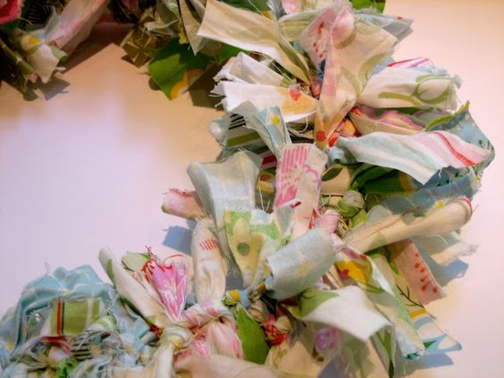 The Cottage Home: Summer Fabric Rag Wreath Tutorial