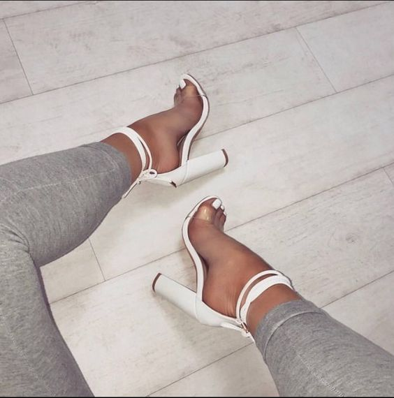 Lovely Shoe For This Summer Outfit. Definitely Must Have One.