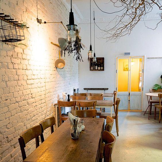 Italienische Köstlichkeiten in simplem Interieur | creme berlin