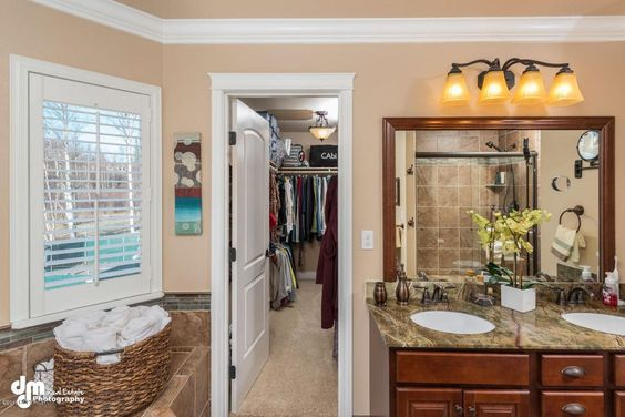 Traditional Master Bathroom with High ceiling, Frilende 4 Light Bath Vanity Light by Darby Home Co, Undermount Sink