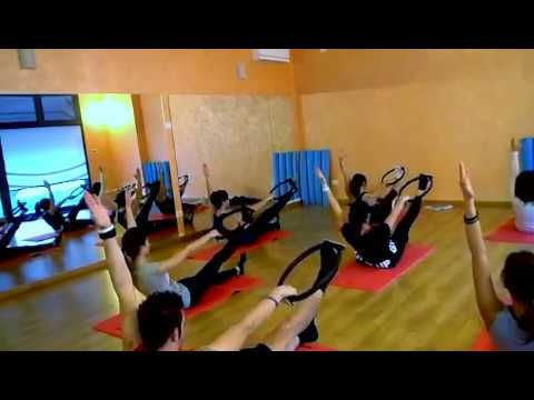 Corso Istruttori Matwork 1 Livello Masterclass Pilates Magic Circle Youtube Magic Circle Pilates Pilates Videos Pilates Ring