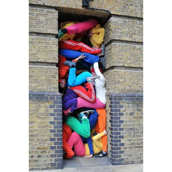Choreographed by Austrian artist Willi Dorner, Bodies in Urban Spaces is an outdoor moving event featuring a group of 24 performers