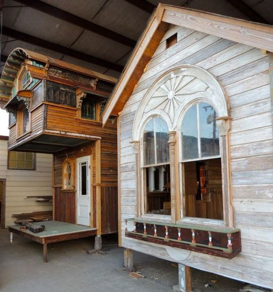tiny texas houses 6 Tiny Texas Homes Built from Salvaged Materials