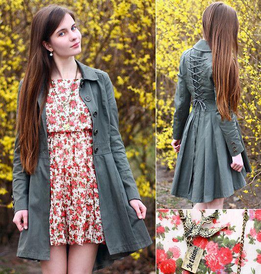 Floral dress (by Ariadna Majewska) http://lookbook.nu/look/4511491-Floral-dress