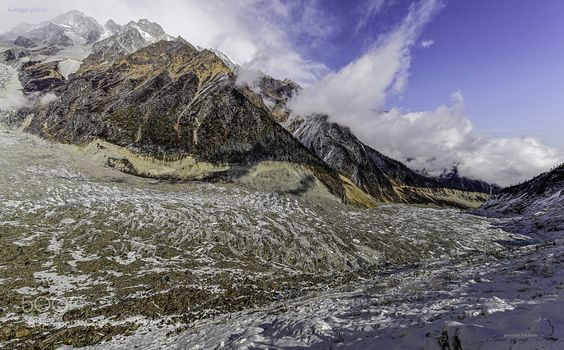 Gongga glacier by Shaoyong. Please Like http://fb.me/go4photos and Follow @go4fotos Thank You. :-)