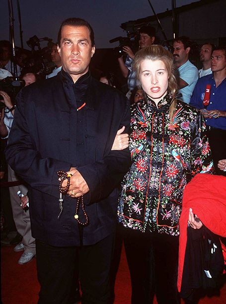 Flashback to the 1996 Premiere of 'Twister' | Steven Seagal and Arissa Wolf | EW.com