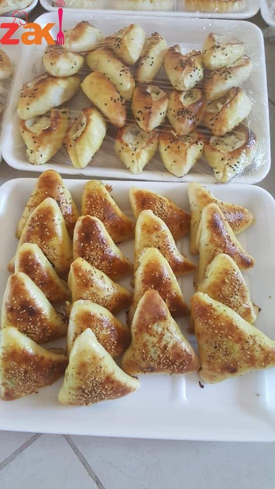 طريقة عمل المعجنات بانواعها بالصور طريقة عمل معجنات سهلة بالصور معجنات بسيطة جدا Food Bagel Bread
