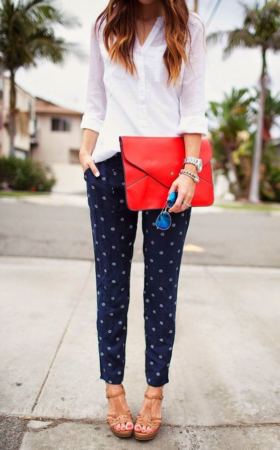 I like the patterned pants and pop of color clutch. The shoes make the outfit not so serious  #office #style chic streetwear outfit